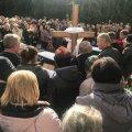 Житомиряни в останню путь проводжають загиблих в ДТП працівників КП «ЖТТУ»