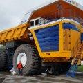 Другий форум регіонів України та Білорусі: виставка гігантської техніки