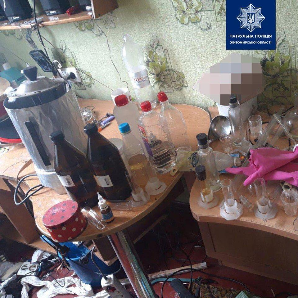 У Житомирі патрульні виявили нарколабораторію просто у квартирі