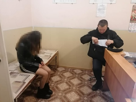 В Бердичеві поліція вивела з дискотеки п'яну дівчину