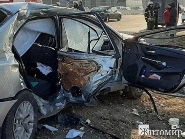 Кулеба – в «Феофании». А где лечится водитель микроавтобуса, пострадавший в ДТП?