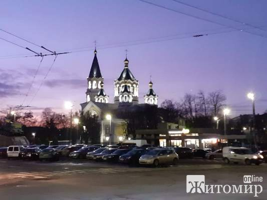 Прогулянка вечірнім Житомиром.ФОТО