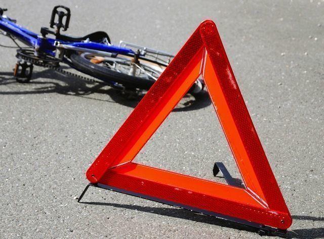 В Чуднове полицейский насмерть сбил велосипедиста и скрылся с места преступления