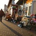 В Житомире возле рынка нет контейнеров для мусора