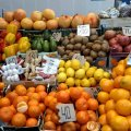 За місяць у Житомирській області піднялися ціни на овочі та молочну продукцію, а знизились на фрукти й м'ясо курей