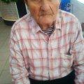В Житомирі на Житньому ринку знайшли чоловіка, який втратив пам'ять та не знає куди йти. ФОТО