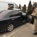 Поліцейського Житомирщини піймали у Сарнах на хабарі в 500 доларів