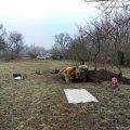 На городі в селі Житомирської області пошуківці знайшли останки солдат. ФОТО