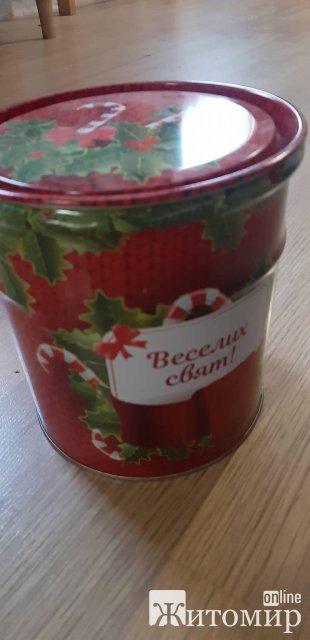 На коростенском заводе МДФ с работников впервые высчитали деньги за новогодние подарки