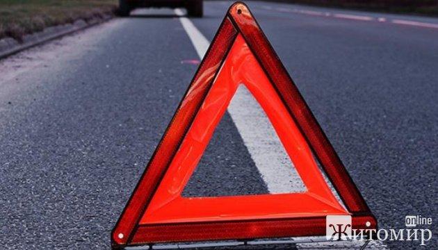 У Житомирі водій на Ford збив пішохода, потерпілого госпіталізували