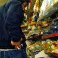 На Житомирщині 22-річний парубок обкрадав магазини та торгівельні кіоски