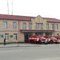 На Житомирщині на вимогу розблокувати виїзд із пожежної частини водій іномарки наїхав на поліцейського