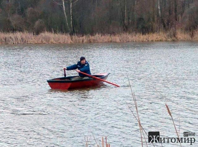 Кінологи, водолази та громада шукають 16-річного жителя Житомирщини, який зник наприкінці минулого т ...