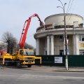У Новограді-Волинському почали ремонтувати Молодіжний центр, який горів