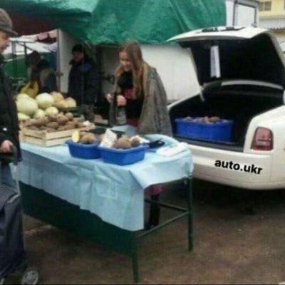 На Житомирщине заметили продавца картошки на Роллс-Ройсе