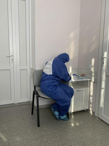 Хворий у Житомирі на коронавірус розповів, як захворів та самоізолювався від людей