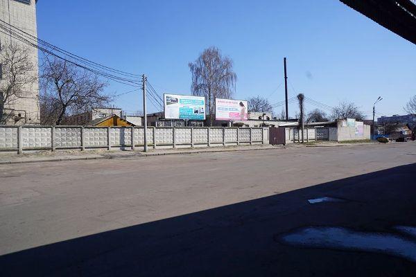 Житомирська автостанція на вулиці Хлібній під час карантину. ФОТО