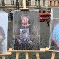 На центральному майдані в Празі три дні була розміщена фотовиставка з портретами матерів загиблих воїнів з Житомира