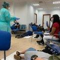 В Мадриді, де найбільша кількість хворих на коронавірус, лікарні не справляються з напливом людей. ФОТО