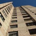 В Одессе мать вытолкнула дочь в окно пятого этажа и выпрыгнула следом