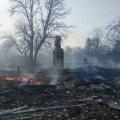 Житомирська область: згоріло 2 оселі, вогонь з яких перекинувся на господарчі будівлі