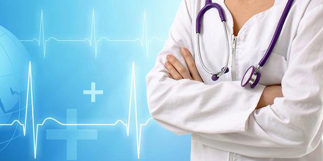 У Житомирі лікарка поскаржилась, що в лікарнях для лікарів немає засобів захисту. ВІДЕО