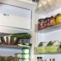 Чи можна заморожувати молоко, сир і яйця, які ви не встигаєте з'їсти до закінчення терміну придатності