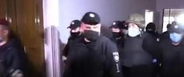 Житомирський стрілець Анатолій Захаренко на суді розповів, що знав убитих ним багато років. ВІДЕО