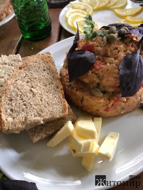 У Житомирі з'явилася популярна в Європі страва