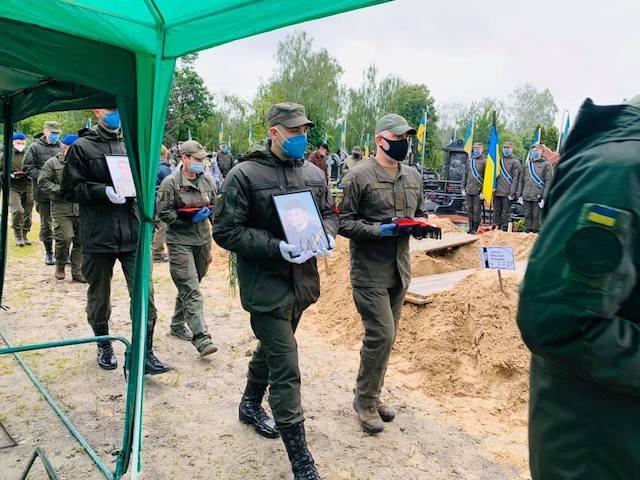 В Киеве простились с жертвами кровавой стрельбы под Житомиром. ФОТО. ВІДЕО