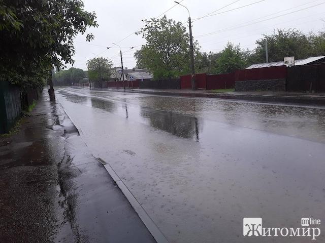 Венеція по-житомирськи: через повінь не ходять трамваї. ФОТО