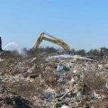У Новограді з території колишнього м'ясокомбінату зробили несанкціоноване сміттєзвалище