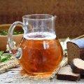 Корисний та смачний домашній квас. Простий рецепт на основі хліба