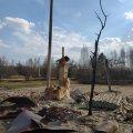 Волонтери продовжують допомагати жителям спалених сіл на Житомирщині та хочуть орендувати бус