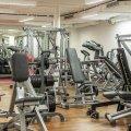 Без массажей, полотенец и кулеров с водой, но с бассейнами. Как будут работать фитнес-клубы и тренажерные залы в Украине