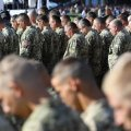 Величезні штрафи та неможливість працевлаштування: в Україні з'являться нові правила військової служби
