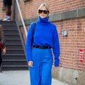 Як і з чим носити головний відтінок 2020 року Classic Blue?