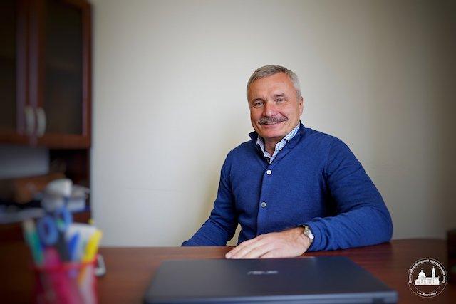 Сьогодні святкує День народження житомирянин Юрій Бірюченко