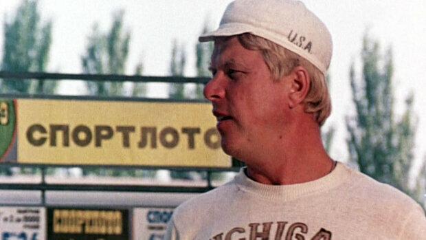 «Світла пам'ять»: Зупинилося серце зірки «Спортлото 82» і «Єралаш» Михайла Кокшенова, траrічні деталі