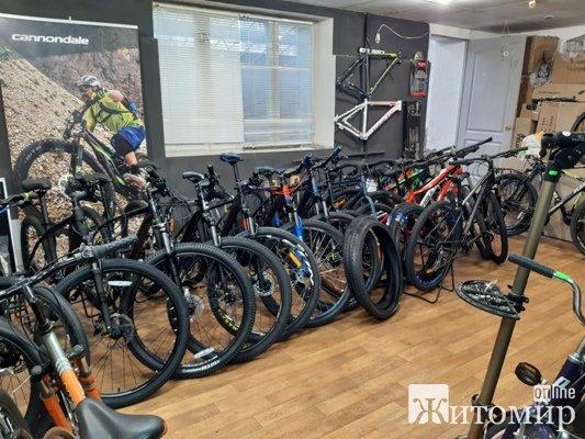 В житомирском салоне «Два колеса» велосипеды продаются в «турборежиме»