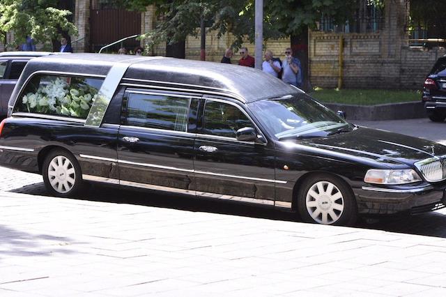 Тайна родового склепа Порошенко. Как и где похоронили отца экс-президента