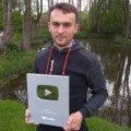 Відеоблогер з Житомирщини отримав срібну кнопку від YouTube