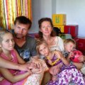 В Буках девочку из знаменитой семьи завалило песком на стихийном карьере. ФОТО