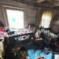У Овручі під час гасіння пожежі вогнеборці виявили тіло загиблого чоловіка. ФОТО