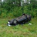 На автодорозі в Житомирській області ВАЗ злетів у кювет, водія з травмами госпіталізували