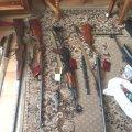 У Житомирі викрили пенсіонера, який організував у гаражі «магазин» зброї та вторгував 100 тис. грн
