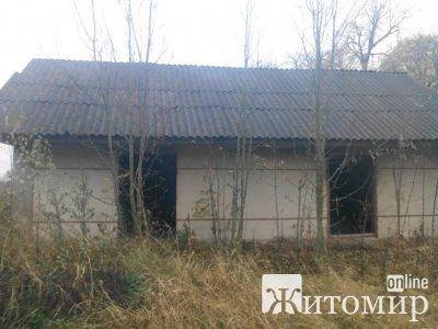 У Народницькому районі повторно виставили на аукціон нежитлову будівлю. ФОТО