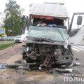У Реї вантажівка роздавила Renault. Водій загинув на місці пригоди