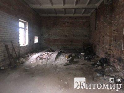 У Житомирі завершився аукціон з продажу нежитлової будівлі. ФОТО