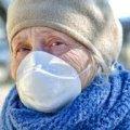 При пенсии в 1900 гривен украинец должен тратить на маски 2700 в месяц!